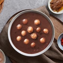 123입안 가득 부드럽게 퍼지는 팥의 달달한 맛과 새알심의 쫄깃한 식감!