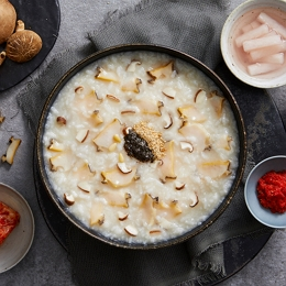 123바다의 맛과 향을 그대로 담은 대표 보양식